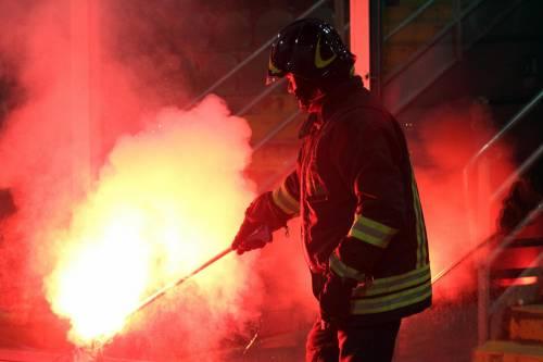 Alta tensione al Barbera: Palermo-Lazio sospesa più volte 13