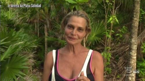 Simona Ventura naufraga solitaria 8