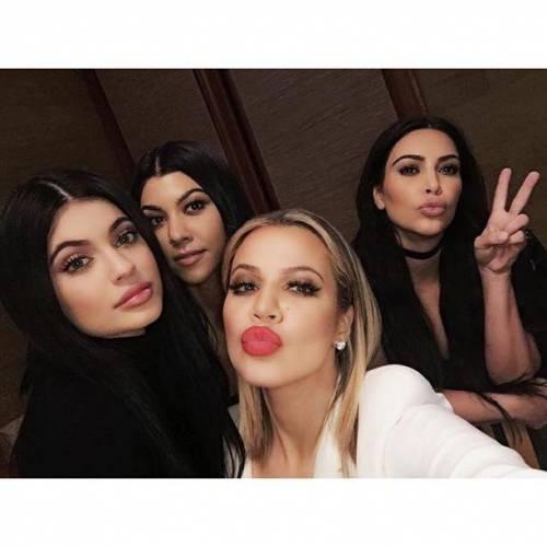 Kim e Klhoe Kardashian: foto 13