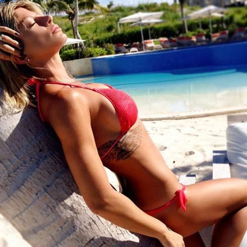 Maddalena Corvaglia in forma perfetta 13