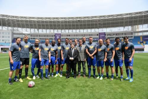 """Il """"Legend team"""" italiano porta il calcio in Cina  6"""