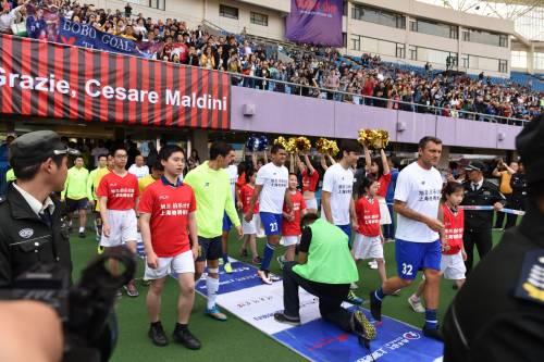 """Il """"Legend team"""" italiano porta il calcio in Cina  10"""