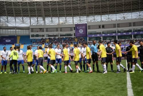 """Il """"Legend team"""" italiano porta il calcio in Cina  18"""