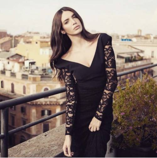 Ilenia Pastorelli, sexy su Instagram 20
