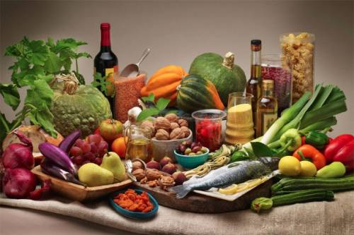 Spazio Nutrizione, gli esperti spiegano le regole dell'alimentazione sana