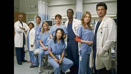 Katherine Heigl si racconta: dagli attacchi per gli Emmy Awards alla terapia 7