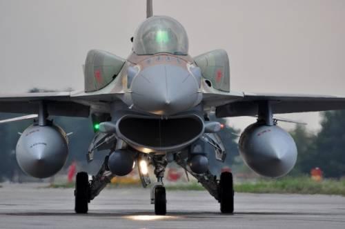 Siria, i russi avrebbero aperto il fuoco contro i caccia israeliani