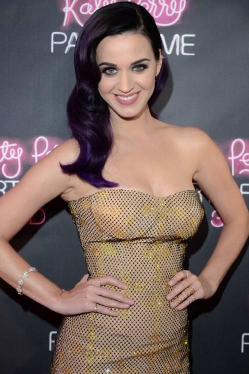I mille volti di Katy Perry: foto 11