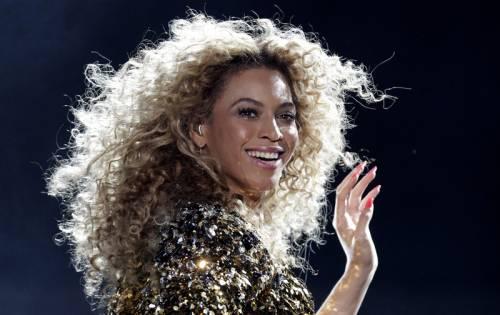 Beyoncé  12