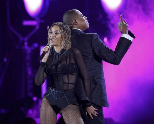 Beyoncé  13