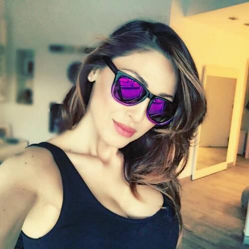 Anna Tatangelo, sexy sui social: foto 4