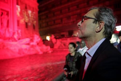 La Fontana di Trevi si tinge di rosso per i martiri cristiani 10