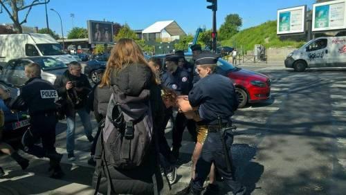 Le Femen contestano il Front National