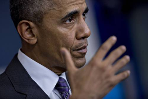 Jet acrobatico precipita dopo la visita di Obama