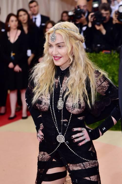 Madonna al Met Gala 2016 3