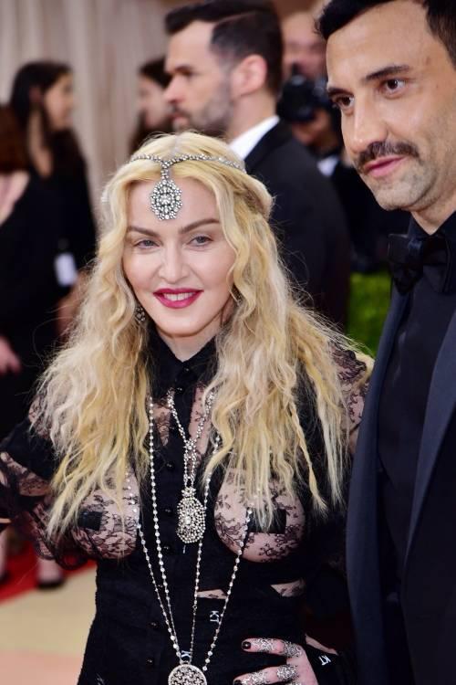 Madonna al Met Gala 2016 4