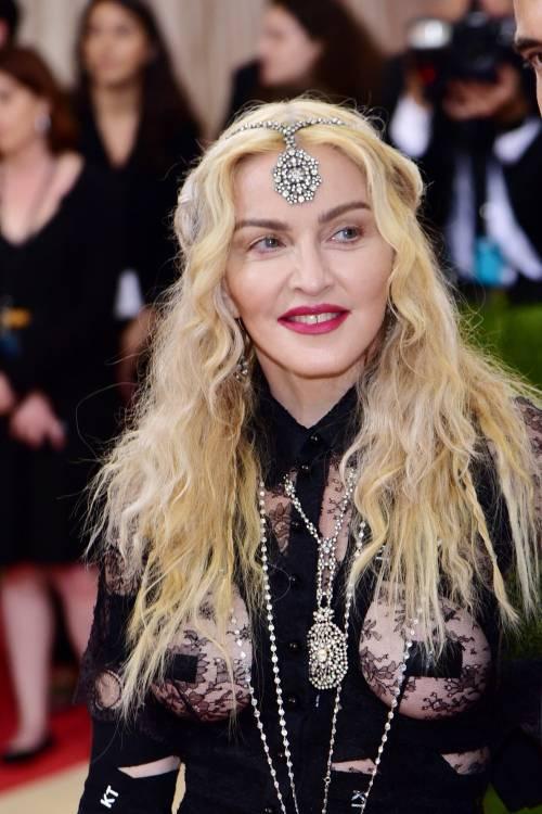Madonna al Met Gala 2016 6