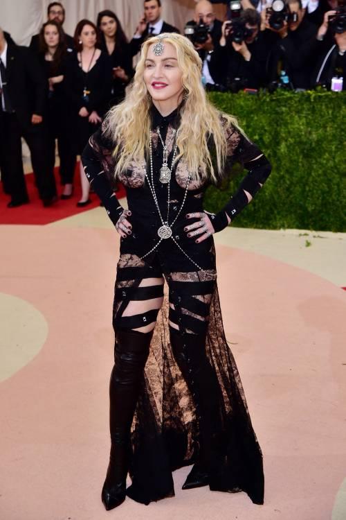 Madonna al Met Gala 2016 8
