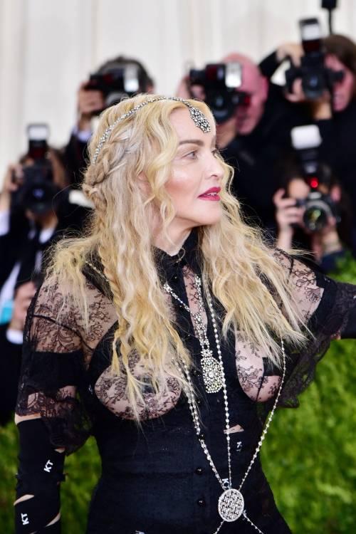 Madonna al Met Gala 2016 9