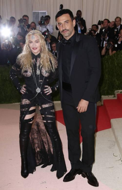Madonna al Met Gala 2016 16