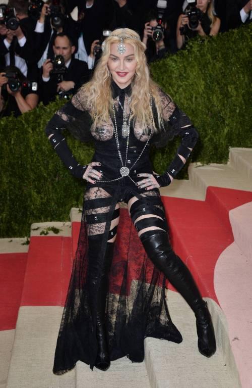 Madonna al Met Gala 2016 34