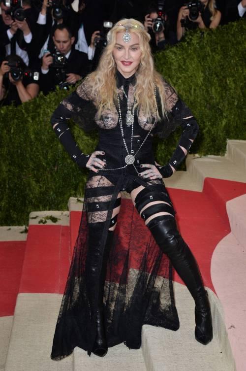 Madonna al Met Gala 2016 36