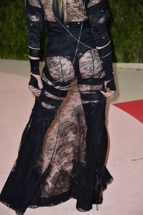 Madonna al Met Gala 2016 46