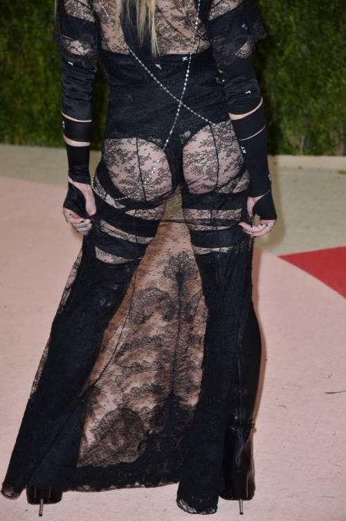 Madonna al Met Gala 2016 41