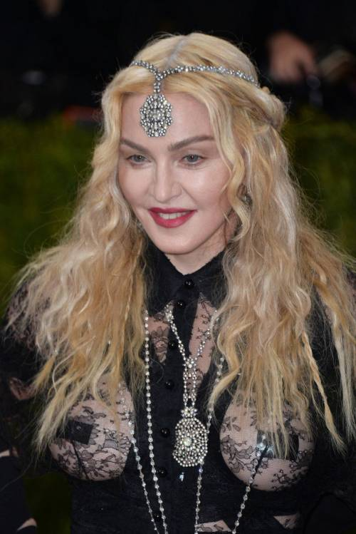 Madonna al Met Gala 2016 48
