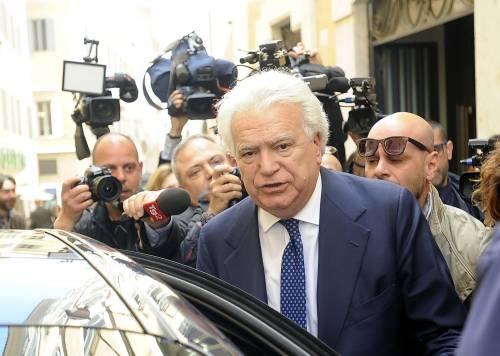 Denis Verdini agli arresti domiciliari. Ma la misura è provvisoria