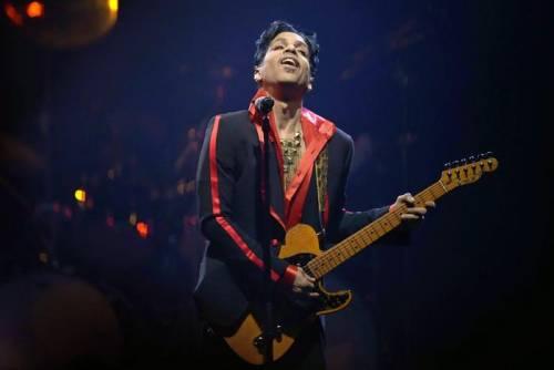 Prince, record di vendite e album in vinile in arrivo 8