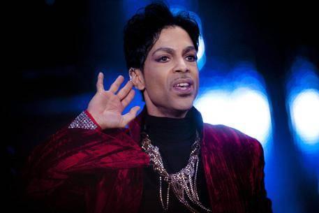 Prince, record di vendite e album in vinile in arrivo 10