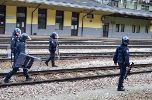 Scontri al Brennero tra black bloc e polizia 2