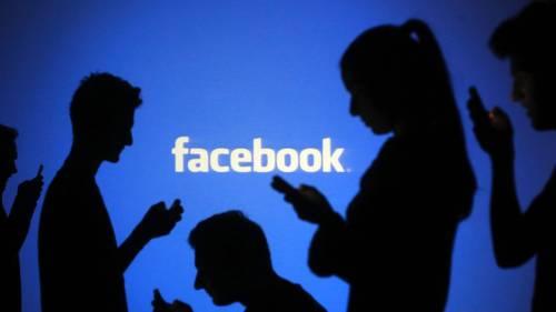 Ora Facebook si rinnova. Arrivano dirette illimitate