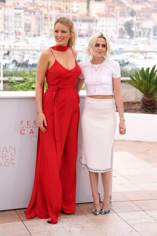 Cannes 2016, la croisette di Kristen Stewart e Blake Lively: foto 9