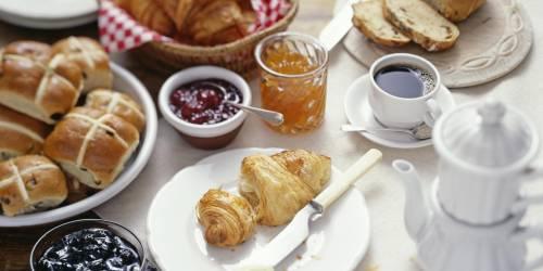 Saltare la colazione costa caro: si ingrassa di un kg al mese