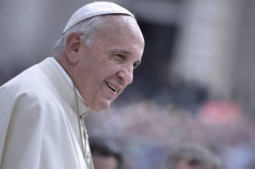 """Il Papa: """"Parrocchie sempre aperte niente agende o orari per chi bussa"""""""