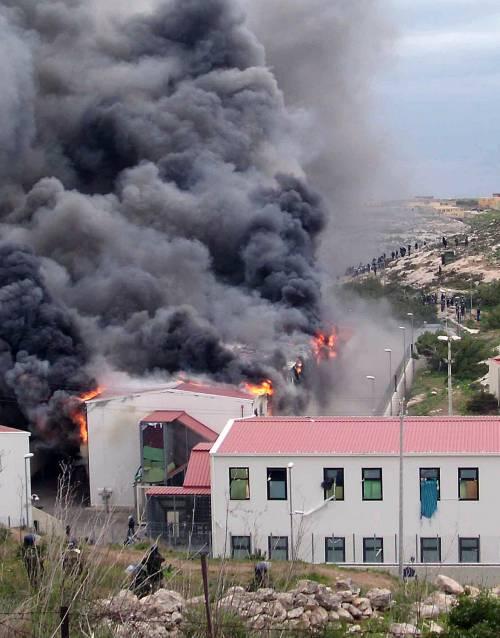 Lampedusa, incendio 2009
