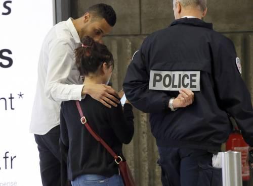 Egyptair, la disperazione dei parenti delle vittime 10
