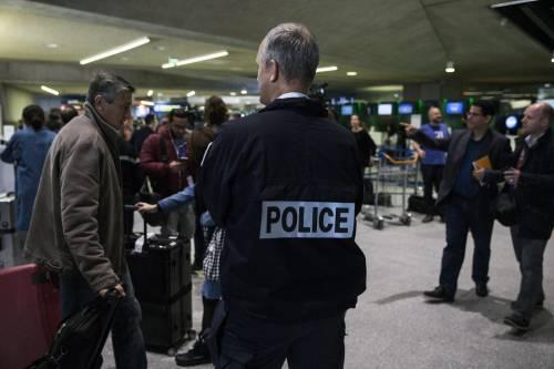 Egyptair, la disperazione dei parenti delle vittime 23
