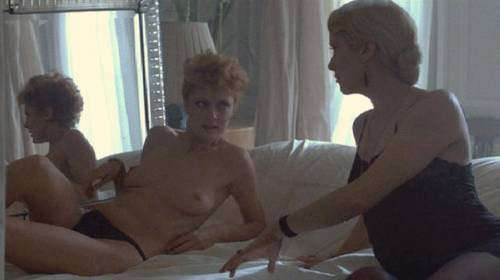 Lesbian scene from profilo di donna 1998 angelica bella - 1 part 3