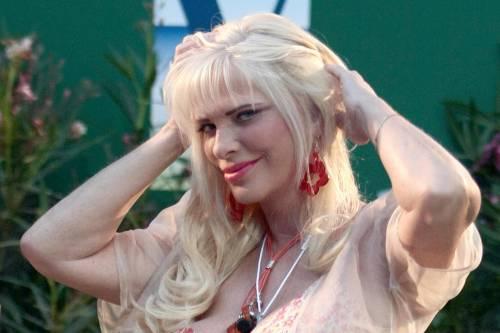 """Ilona Staller ricorda Pannella: """"Le radicali non mi volevano"""""""