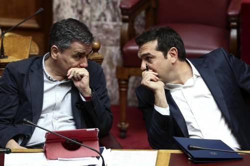 """Ue, sì al taglio del debito greco. Ma Fmi frena: """"Serve un impegno chiaro"""""""