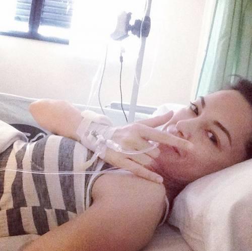 Paura per Giorgia Surina, in ospedale per un'operazione -
