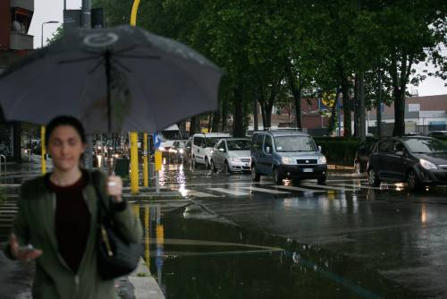 Milano, nubifragio mette in ginocchio la città