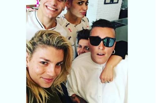 Emma Marrone litiga con i fan per una foto su Instagram: scoppia la polemica