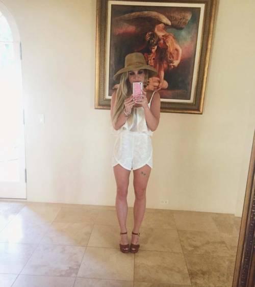 Britney Spears con gli occhiali, foto 8