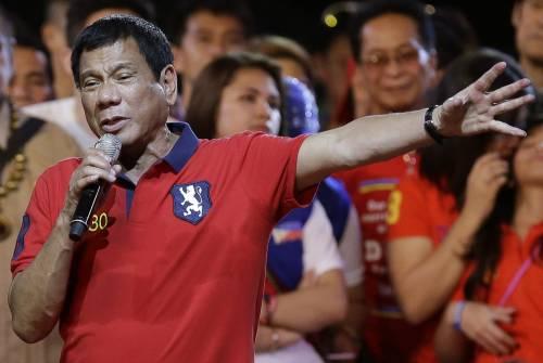 """Filippine, nuovo presidente: """"Giusto uccidere giornalisti corrotti"""""""