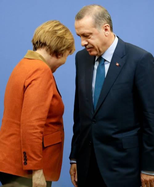 Erdogan accusa Berlino:  islamofobia sugli armeni. Ma gli affari continuano