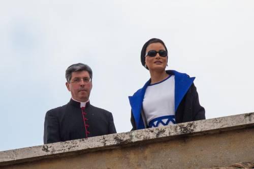 Papa Francesco riceve in Vaticano la sceicca del Qatar 4